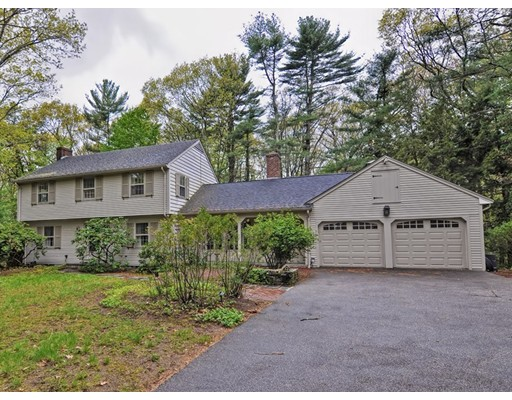 Casa Unifamiliar por un Venta en 4 Thayer Farm Road Attleboro, Massachusetts 02703 Estados Unidos
