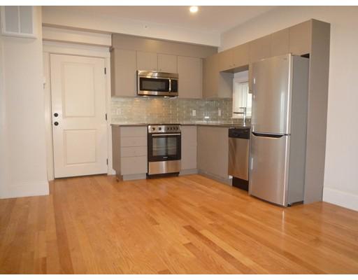 Casa Unifamiliar por un Alquiler en 93 Kirkland Street Cambridge, Massachusetts 02138 Estados Unidos