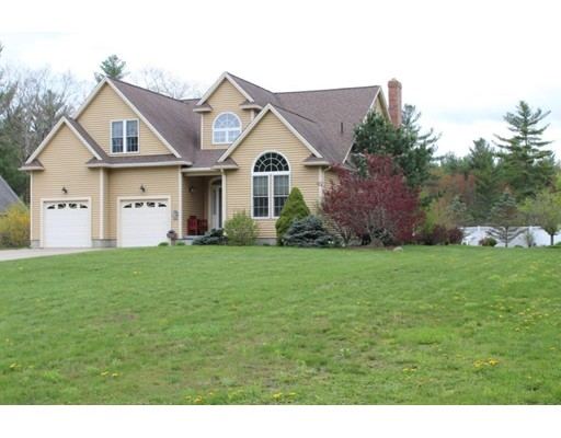 Single Family Home for Sale at 113 Fruitland Barre, Massachusetts 01005 United States