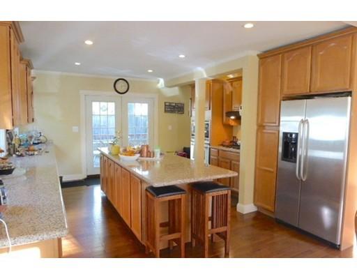 独户住宅 为 出租 在 1754 Washington Street 牛顿, 马萨诸塞州 02466 美国
