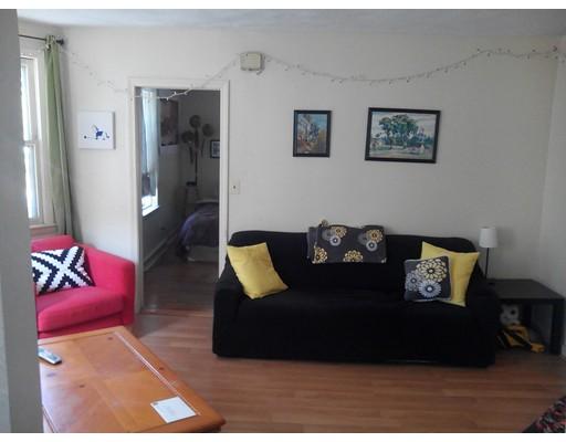 公寓 为 出租 在 13 Medford st #1 13 Medford st #1 梅福德, 马萨诸塞州 02155 美国