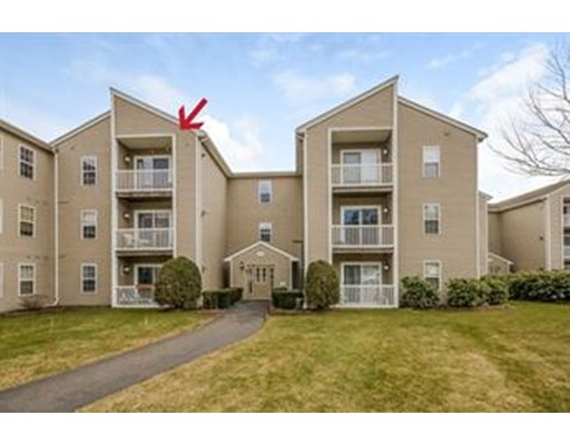 4 Marc Dr 4B9, Plymouth, MA 02360