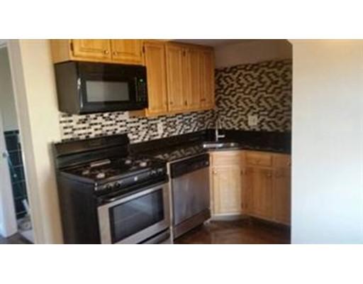 Additional photo for property listing at 31 Pasadena Road  Boston, Massachusetts 02121 Estados Unidos