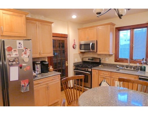 Single Family Home for Rent at 114 Oakland Road Ext Brookline, Massachusetts 02445 United States