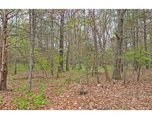 土地 为 销售 在 Address Not Available Attleboro, 马萨诸塞州 02703 美国