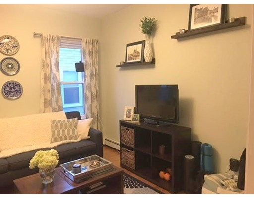 Additional photo for property listing at 38 Goldsmith Street  Boston, Massachusetts 02130 Estados Unidos