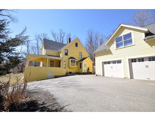 Single Family Home for Rent at 8 west acton Stow, Massachusetts 01775 United States