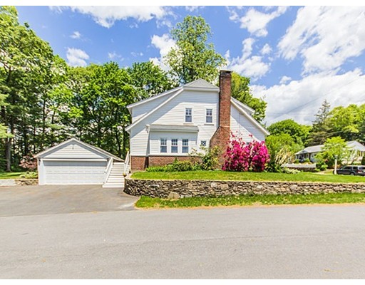 53 Willow St, Westwood, MA 02090