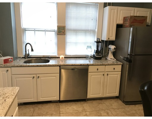 Additional photo for property listing at 34 Weston Road  Wellesley, Massachusetts 02482 Estados Unidos