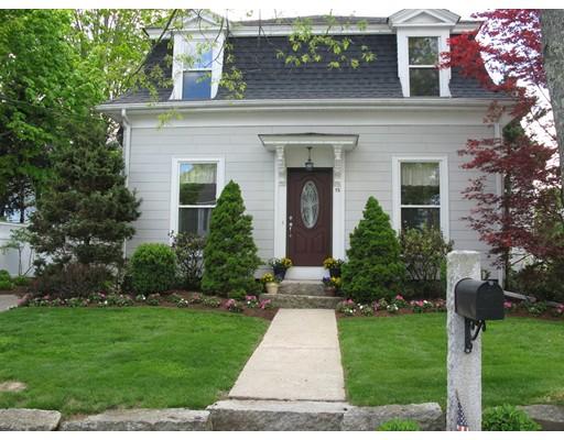 واحد منزل الأسرة للـ Sale في 15 Broad Street Medway, Massachusetts 02053 United States