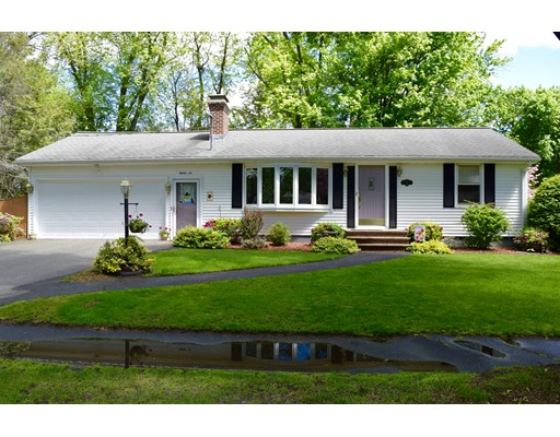 Single Family Home for Sale at 86 Roberta Circle Agawam, Massachusetts 01001 United States