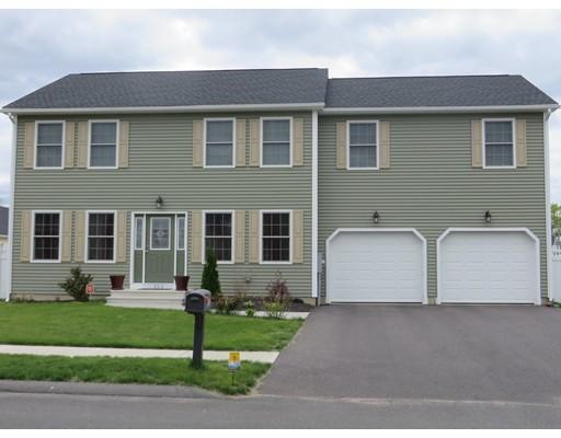 Частный односемейный дом для того Продажа на 323 Naismith Street Springfield, Массачусетс 01104 Соединенные Штаты