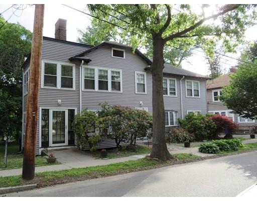独户住宅 为 出租 在 34 Beaconsfield Road 布鲁克莱恩, 马萨诸塞州 02445 美国