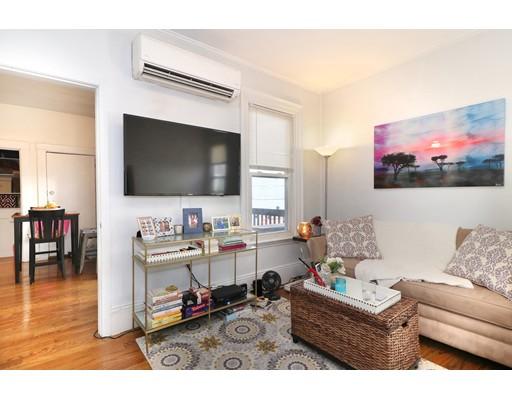 Additional photo for property listing at 125 G St #2 125 G St #2 Boston, Massachusetts 02127 United States