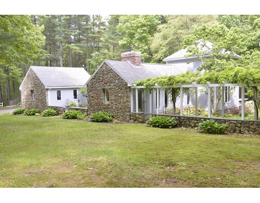 Single Family Home for Sale at 43 Noonhill Road Medfield, Massachusetts 02052 United States