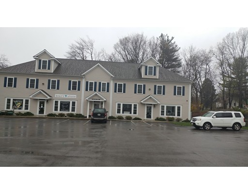 Comercial por un Alquiler en 269 W Main Street 269 W Main Street Northborough, Massachusetts 01532 Estados Unidos