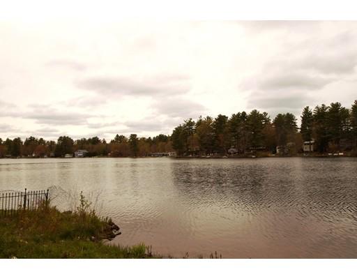 Casa Unifamiliar por un Venta en 6 Water Street Raymond, Nueva Hampshire 03077 Estados Unidos