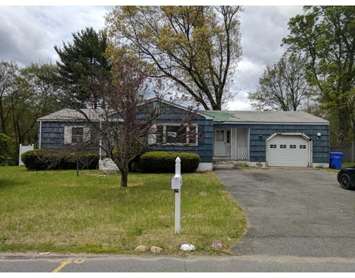 86 Scarsdale Road, Springfield, MA 01129