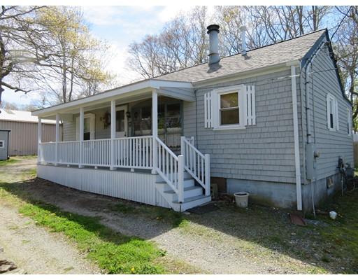 Casa Unifamiliar por un Venta en 11 Russell Street 11 Russell Street Acushnet, Massachusetts 02743 Estados Unidos