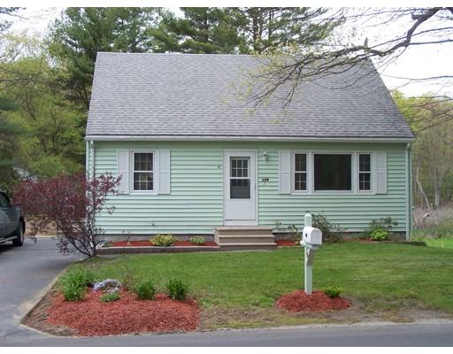Single Family Home for Sale at 139 MENDON Street Blackstone, Massachusetts 01504 United States
