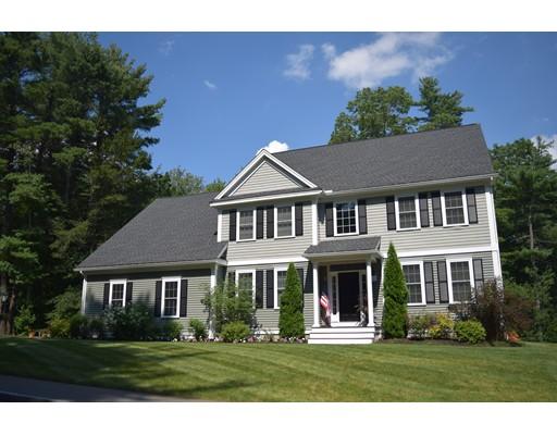 Casa Unifamiliar por un Venta en 8 Evergreen Lane Topsfield, Massachusetts 01983 Estados Unidos