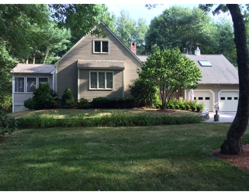 Single Family Home for Sale at 3 Parsons Way Natick, Massachusetts 01760 United States