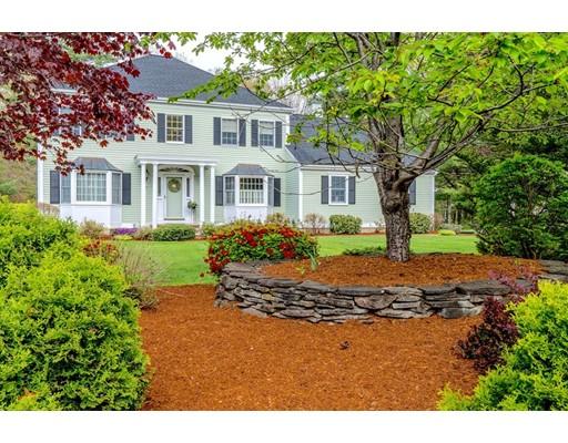 Casa Unifamiliar por un Venta en 17 Freedom Drive North Reading, Massachusetts 01864 Estados Unidos