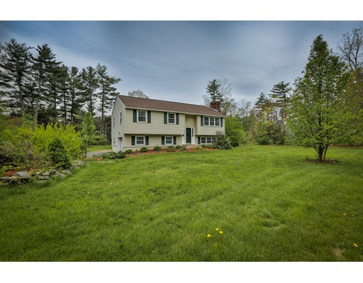 Single Family Home for Sale at 4 Twin Isles Road Londonderry, New Hampshire 03053 United States
