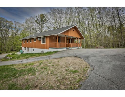 Частный односемейный дом для того Продажа на 62 Goodhue Derry, Нью-Гэмпшир 03038 Соединенные Штаты