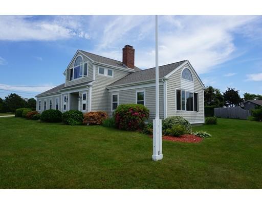 واحد منزل الأسرة للـ Sale في 12 Sunset Point 12 Sunset Point Falmouth, Massachusetts 02556 United States