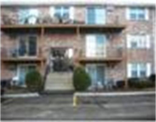 Casa Unifamiliar por un Alquiler en 5 Karen Circle Billerica, Massachusetts 01821 Estados Unidos