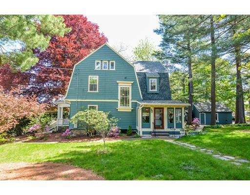 Частный односемейный дом для того Продажа на 28 Warwick Road Melrose, Массачусетс 02176 Соединенные Штаты