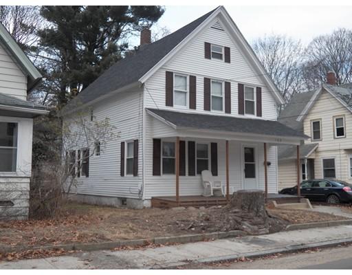 Maison unifamiliale pour l Vente à 168 S Main Street Putnam, Connecticut 06260 États-Unis