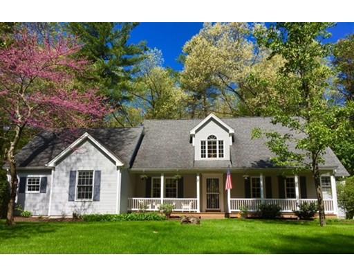 独户住宅 为 销售 在 11 Pine Meadow Drive Southampton, 01073 美国