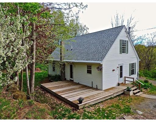 独户住宅 为 销售 在 16 Bond Street Conway, 马萨诸塞州 01341 美国
