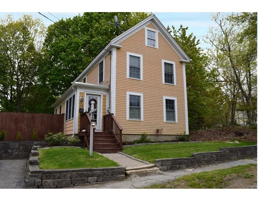 Single Family Home for Sale at 115 Highland Street Amesbury, Massachusetts 01913 United States