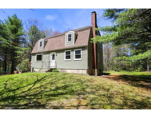 Casa Unifamiliar por un Venta en 238 Winchendon Road Ashburnham, Massachusetts 01430 Estados Unidos