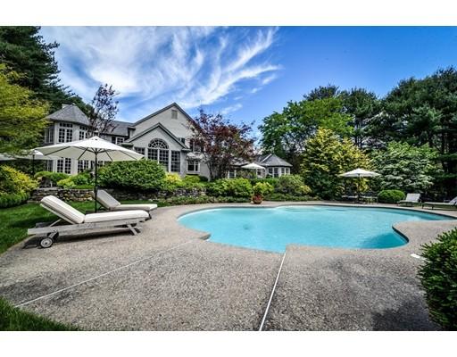 Maison unifamiliale pour l Vente à 4 Folsom's Pond Road Wayland, Massachusetts 01778 États-Unis