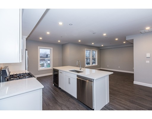 Casa Unifamiliar por un Alquiler en 11 Minot Street Boston, Massachusetts 02122 Estados Unidos