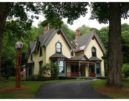 Casa Unifamiliar por un Venta en 3 South Maple Street Shelburne, Massachusetts 01370 Estados Unidos