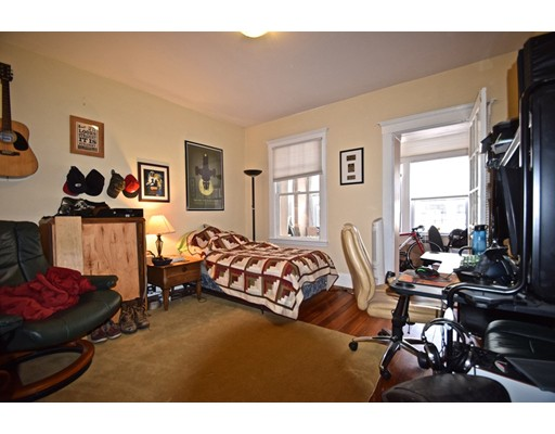 Additional photo for property listing at 133 Chiswick Road  Boston, Massachusetts 02135 United States