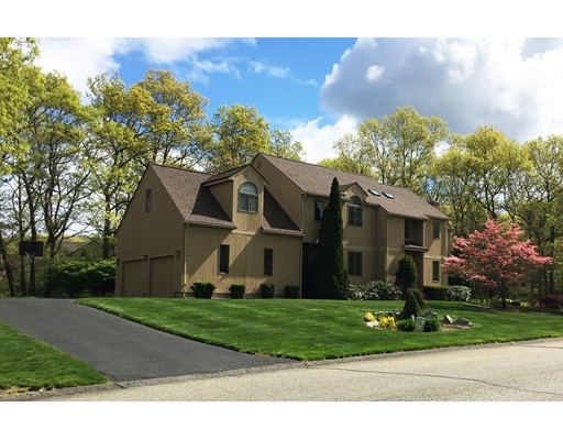 Casa Unifamiliar por un Venta en 319 Palisades Circle Stoughton, Massachusetts 02072 Estados Unidos
