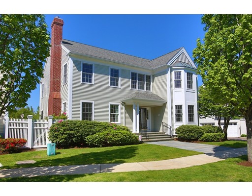 Condominio por un Venta en 1 Preston Sq #1 1 Preston Sq #1 Quincy, Massachusetts 02171 Estados Unidos
