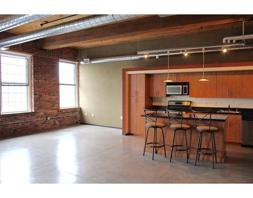 Additional photo for property listing at 130 John Street  Lowell, Massachusetts 01852 Estados Unidos