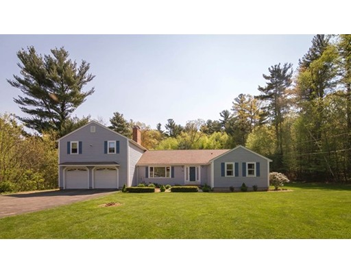 Casa Unifamiliar por un Venta en 105 S Spencer Road Spencer, Massachusetts 01562 Estados Unidos