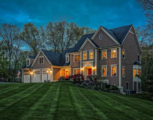 Частный односемейный дом для того Продажа на 23 Robin Drive Grafton, Массачусетс 01536 Соединенные Штаты