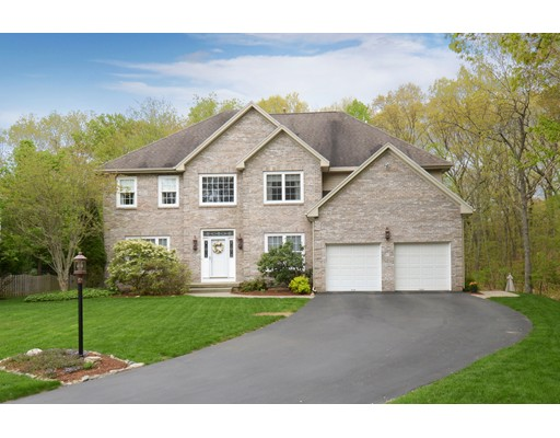 Single Family Home for Sale at 18 Nipmuck Drive Westborough, Massachusetts 01581 United States