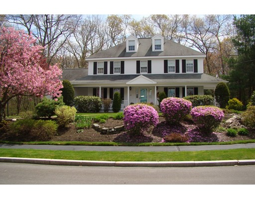 Single Family Home for Sale at 128 Fairchild Drive Reading, Massachusetts 01867 United States