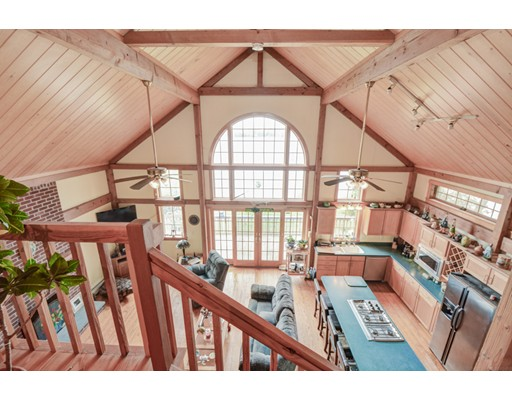 Частный односемейный дом для того Продажа на 76 Bigelow Road Douglas, Массачусетс 01516 Соединенные Штаты