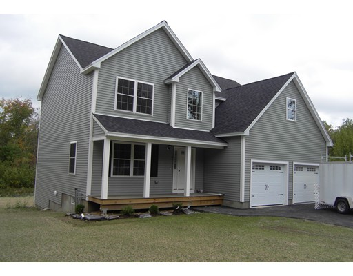 Single Family Home for Sale at 4 Wildwood Hopkinton, New Hampshire 03229 United States